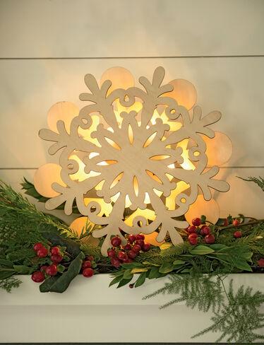 Pre-Lit Wooden Snowflake C