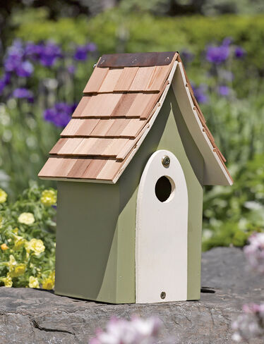 Cedar Roof Birdhouse