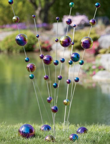 *Shown with Blue/Purple Gazing Balls and Single Gazing Ball Stakes, sold separately