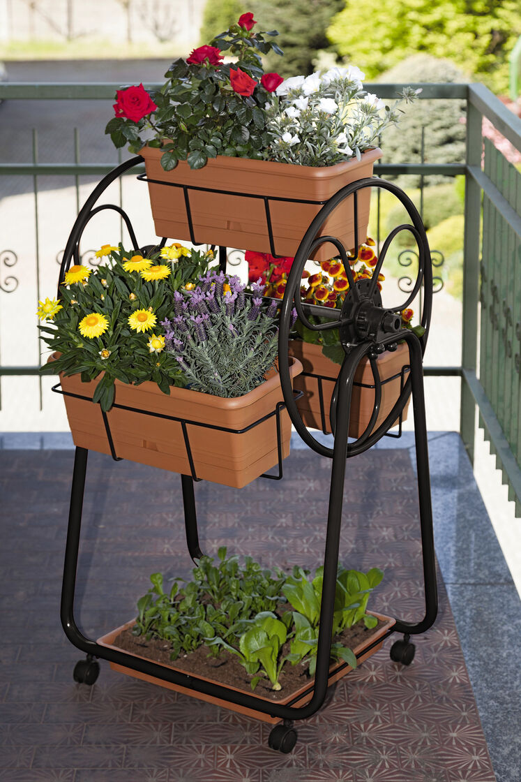 Decorative planters ferris wheel planter gardener 39 s supply for Gardeners supply planters