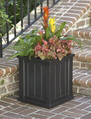Cape Cod Square Planter
