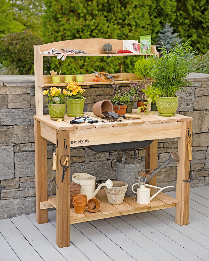 Potting Bench Cedar Potting Table with Soil Sink and Shelves