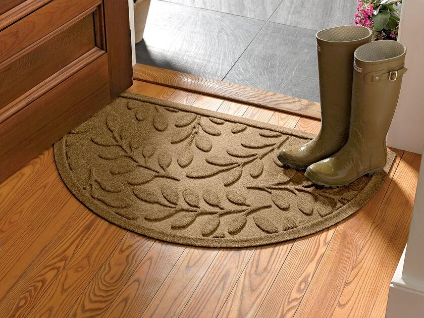 Half Round Laurel Leaf Water Glutton Doormat Gardener S