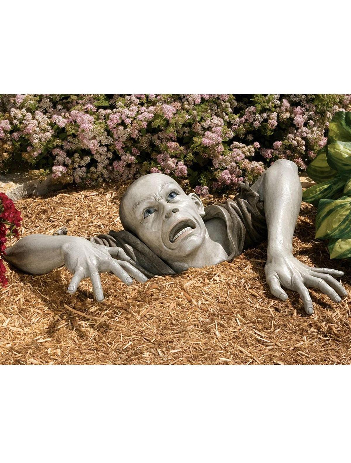 Sly Fox Garden Statue Made in the USA Gardenerscom