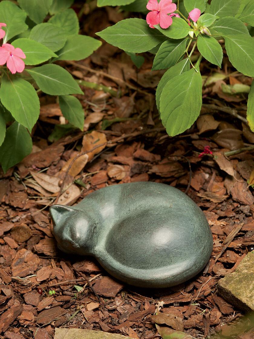 Cat Statue Sleeping Cat Statue Metal Cat Sculpture