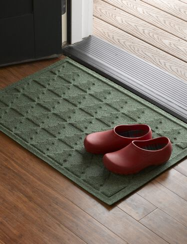 Pine Tree Water Glutton Mats
