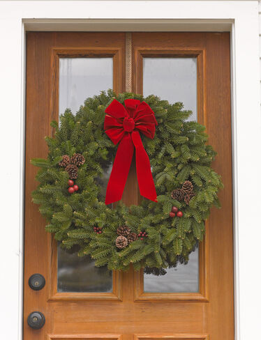 *27 inch Balsam Wreath