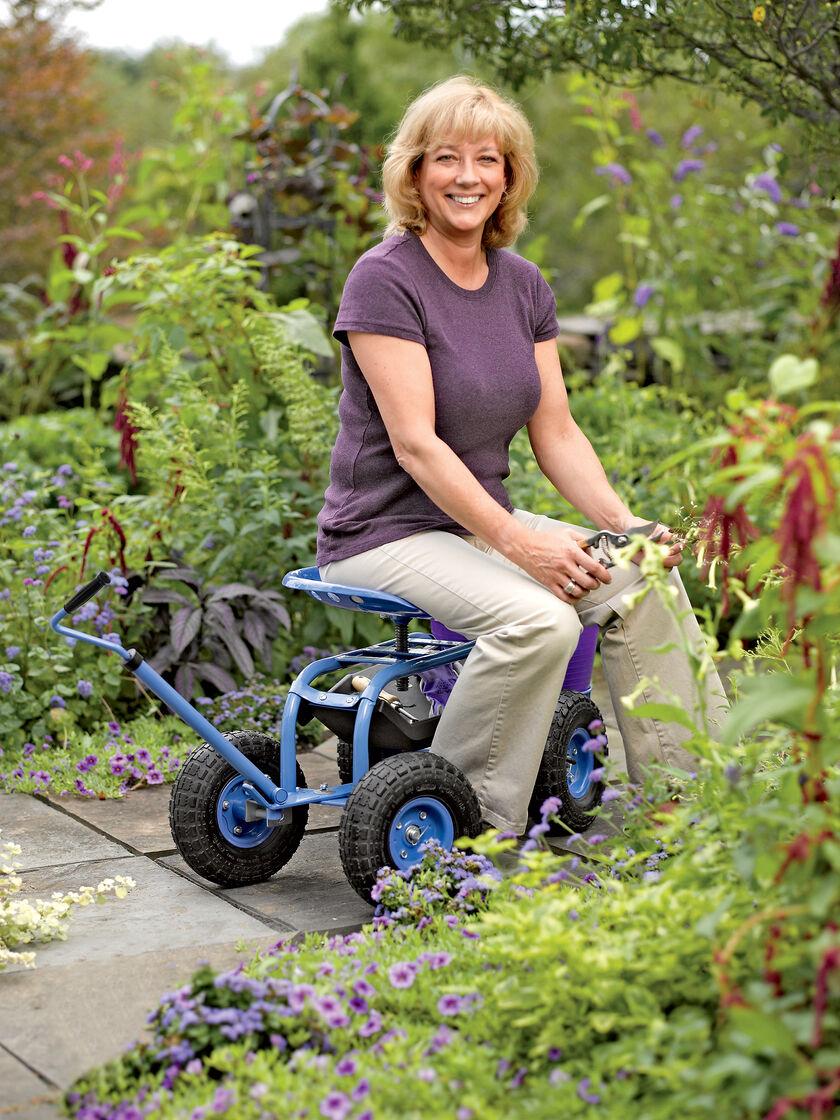 Garden Scoot Rolling Garden Seat Gardeners Com