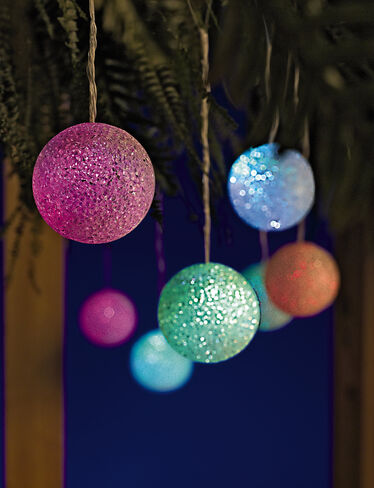 Solar Snowball Light String