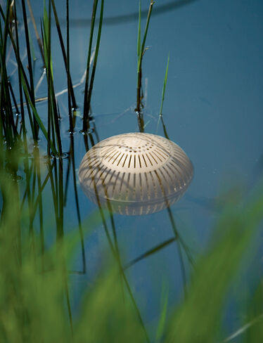 Aquasphere Pond Cleaners
