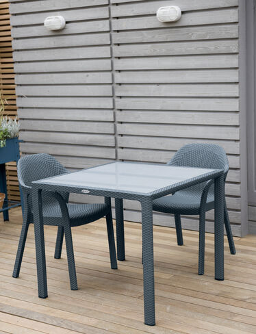 Jessamine Table