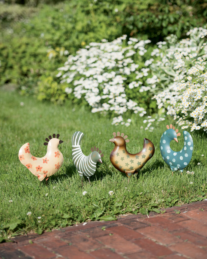 Unique lawn ornaments - Funky Chickens Set Of 4