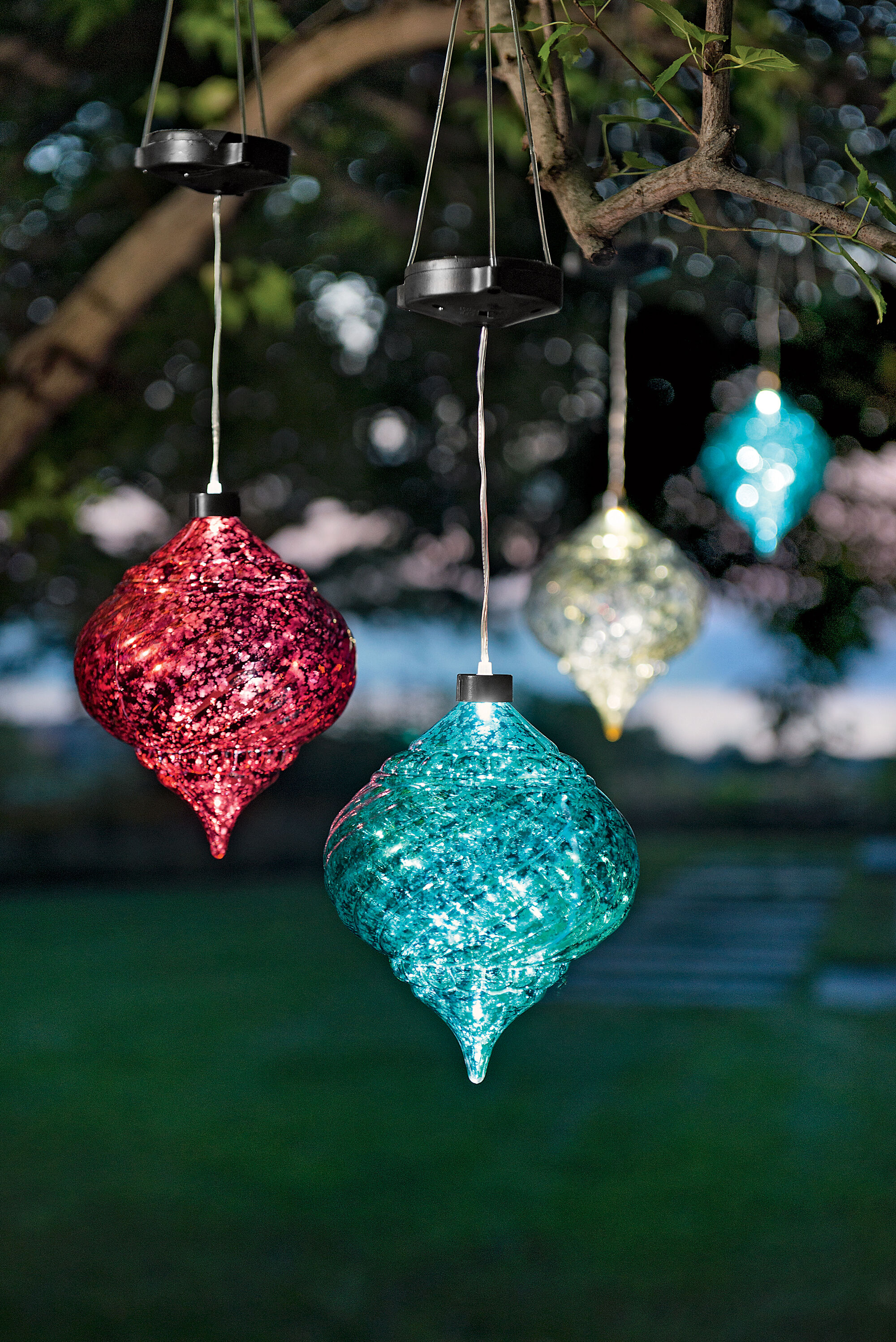 Large outdoor christmas ornaments hanging onion solar for Outside hanging christmas balls ... & Outside Hanging Christmas Balls - diy outdoor christmas d cor diy ...