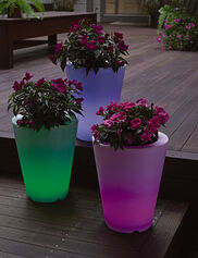 Solar Illuminated Planter, Small Round