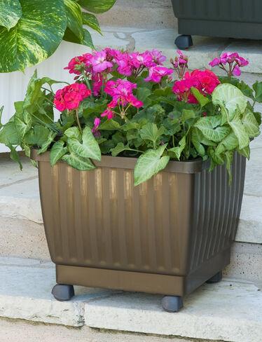 Self Watering Rolling Planter 17 Gardener 39 S Supply