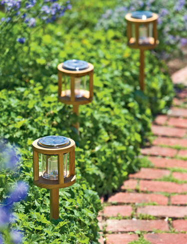 Solar Teak Accent Light