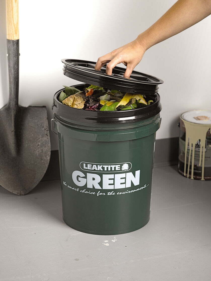 Gardeners Kitchen Kitchen Compost Bin Big Green Compost Bucket Gardenerscom