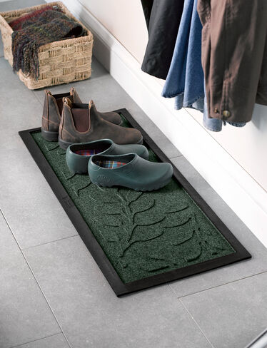 Laurel Leaf Water Glutton Boot Tray