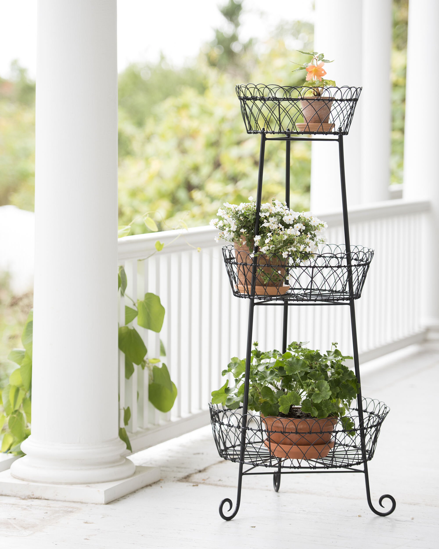 Plant stands terraces gardener 39 s supply - Estanteria para plantas ...