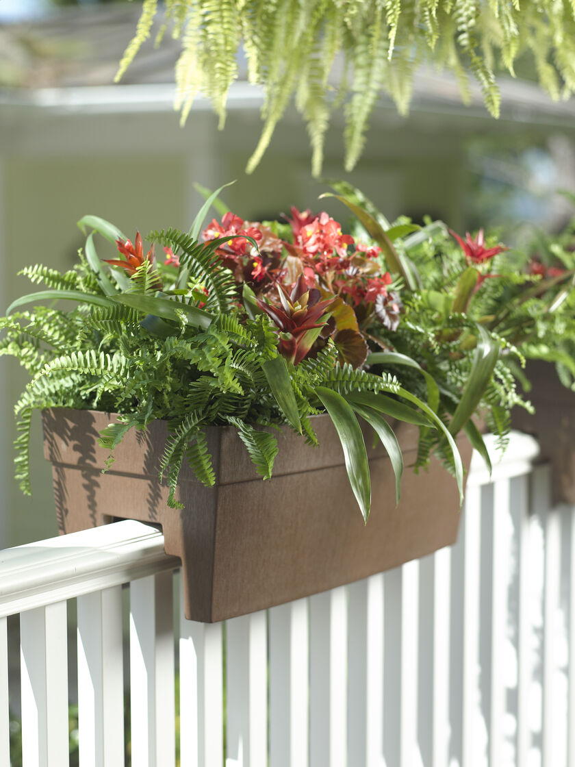 Deck railing planter for 2x4 or 2x6 railings - Planters to hang on railing ...