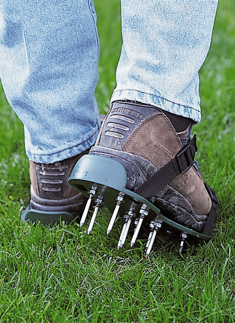 Lawn Aerator Sandals Gardener S Supply