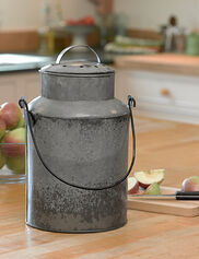 Farmhouse Compost Pail