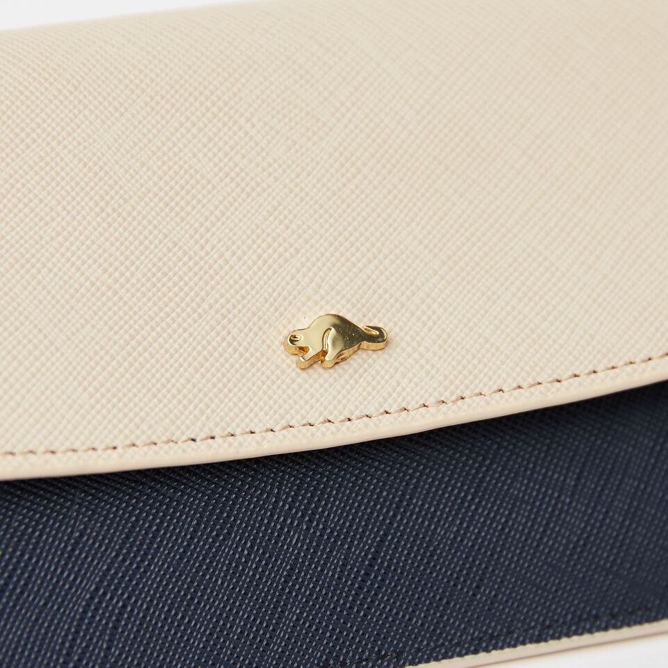 Roots-undefined-Slim Curve Wallet Saffiano-undefined-E