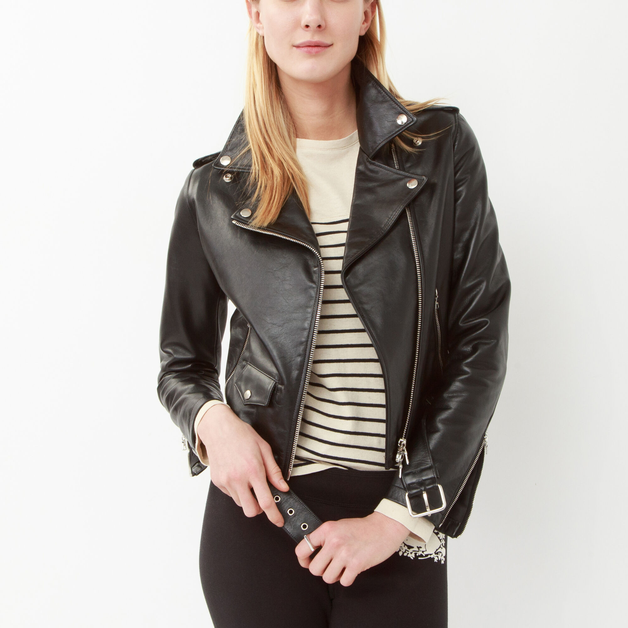 Women's motorcycle gear, apparel & leather clothing available at Fox Creek Leather.