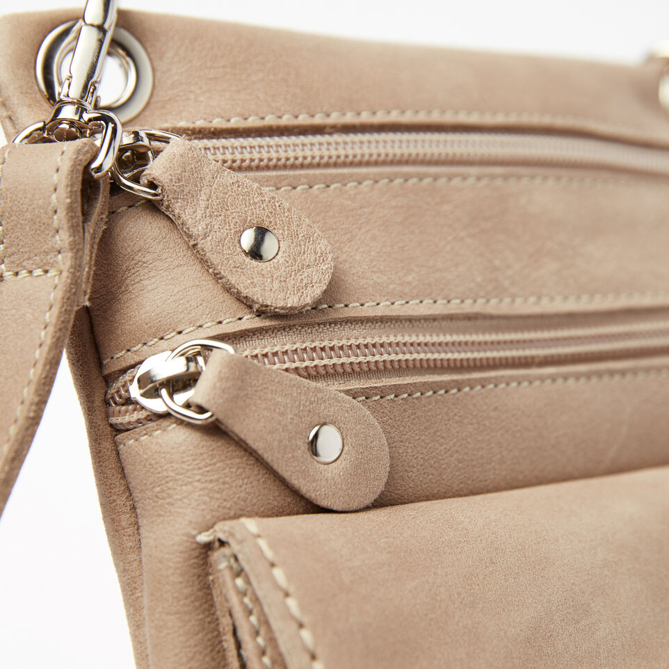 Roots-undefined-Pochette Urban Tribe-undefined-D