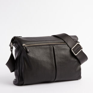 Roots - Cargo Messenger Prince