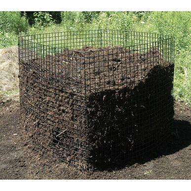 Trap Wire Compost Bin