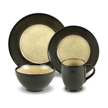 Round Green 16 Piece Dinnerware Set