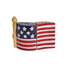 American Flag Salt and Pepper Set