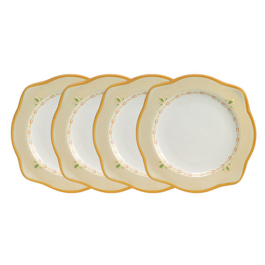 Set of 4 Scalloped Salad Plates