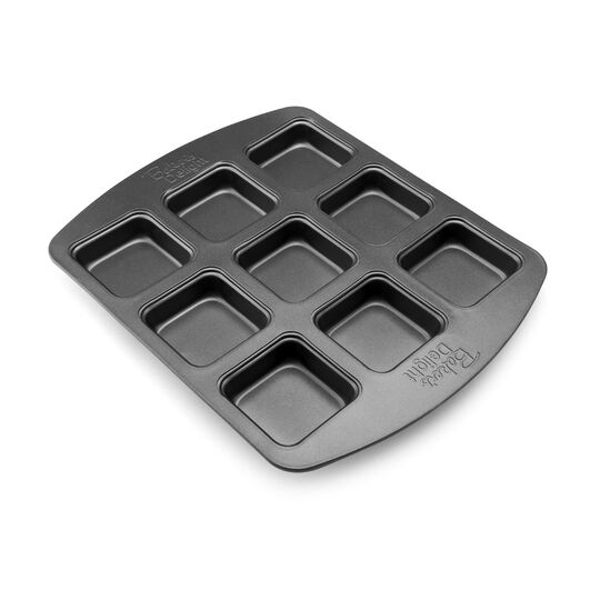 9 Cup Non-stick Brownie Pan