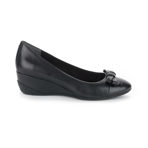 Trulinda Bow Pump, Women's Black Wedges
