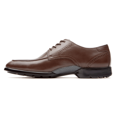 Total Motion Moc Toe Men's Oxfords in Brown