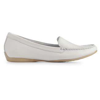 Demisa Plain Moc Women's Flats in White