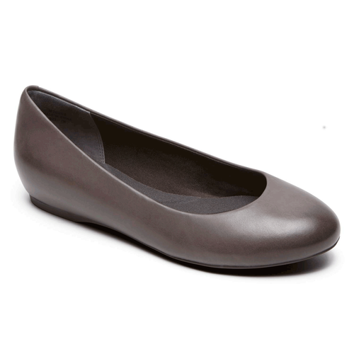 Total Motion Hidden Wedge Pump in Brown