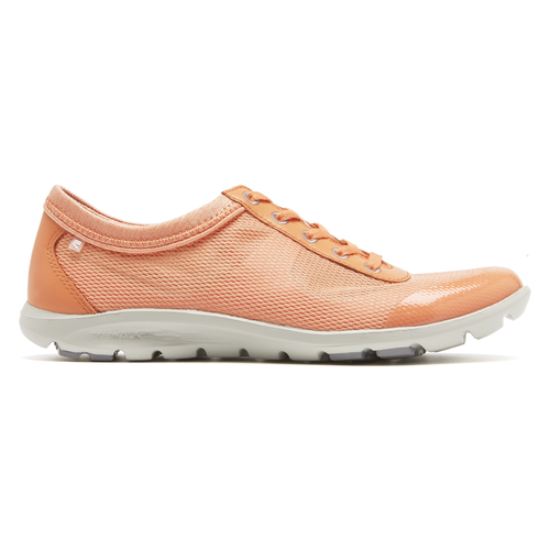 truWALKzero II Mesh Wingtip Women's Wingtips in Tan