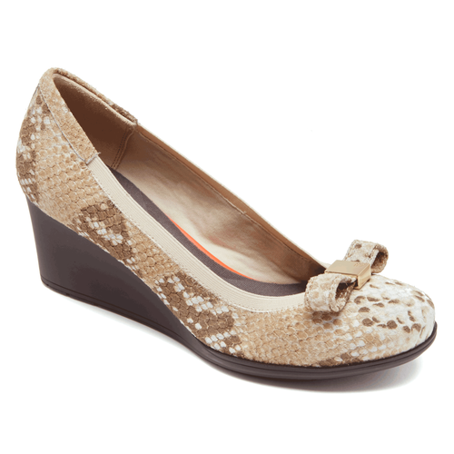 Total Motion Bow Wedge Women's Wedges in Exotic