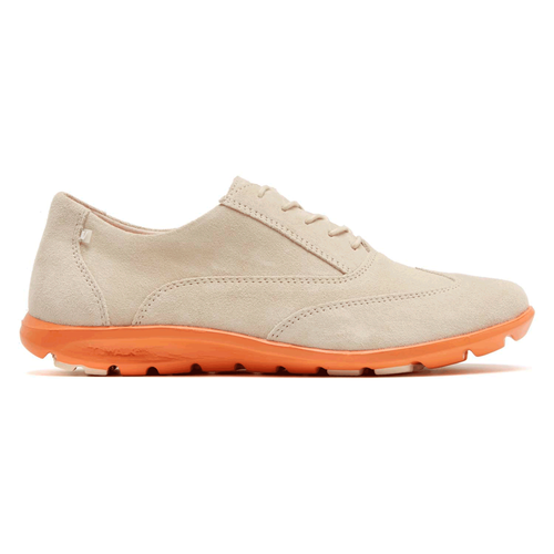truWALKzero II Wingtip Oxford Women's Oxfords in White