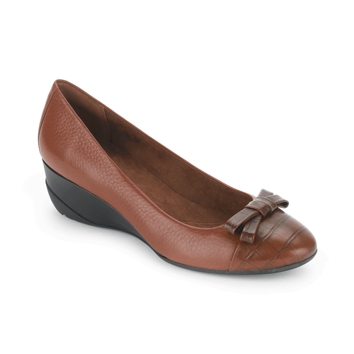 trulinda Bow Pump Women's Wedges in Brown