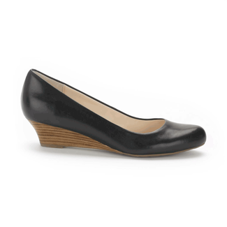 Alika Pump Women's Pumps in Black