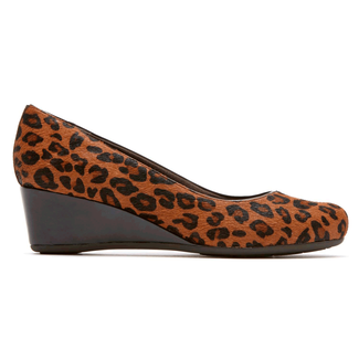Total Motion Low Wedge Women's Wedges in Leopard
