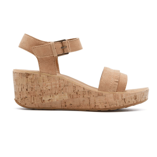 Weekend Casuals Lanea Quarter StrapRockport Women's Tan Weekend Casuals Lanea Quarter Strap