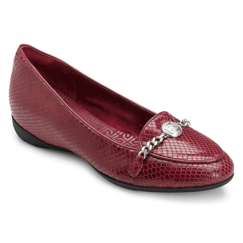 truLisa Chain Moc Women's Shoes in Red