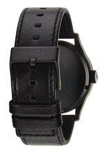Sentry Leather, Black / White
