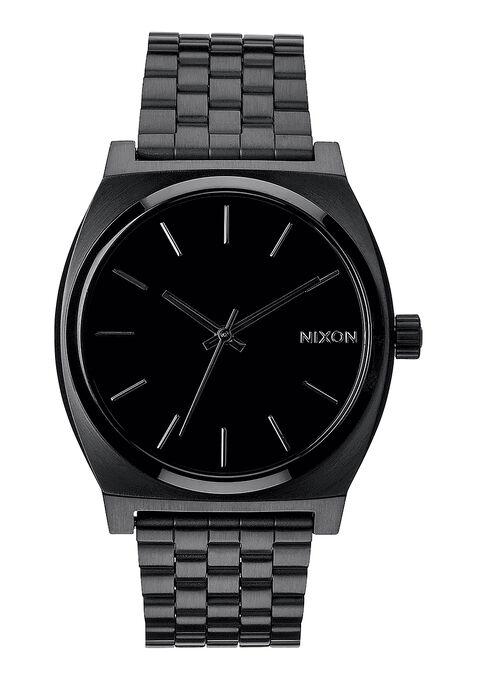 【ニクソンの腕時計】おすすめの人気ランキングやスターウォーズとのコラボの紹介も!