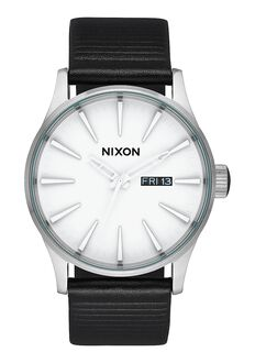 Sentry Leather, White / Silver / Black